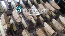 miniatur kayu Perahu Kajang