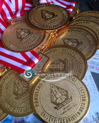 Medali UKDW